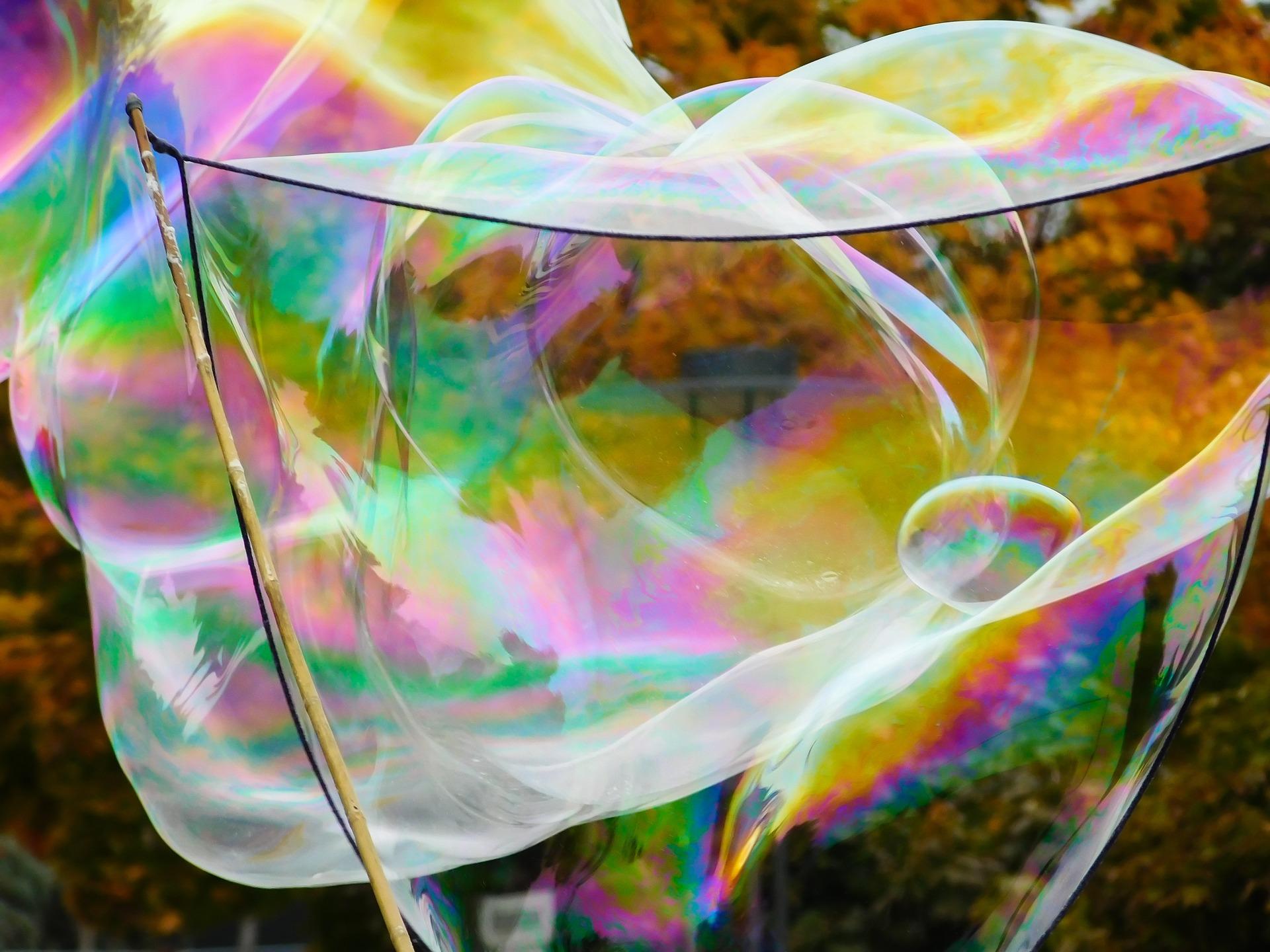soap-bubble-1046238_1920